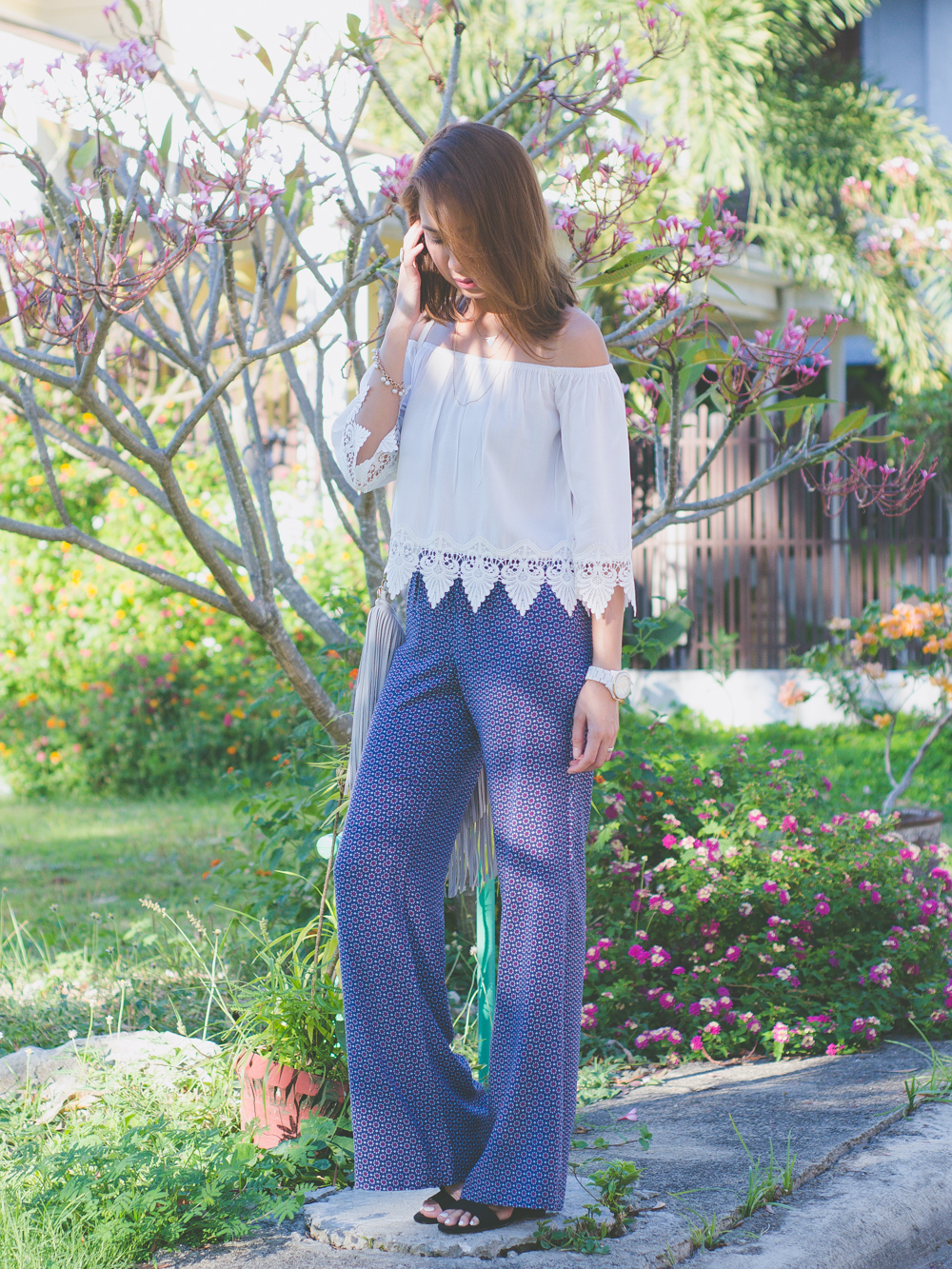 Cebu Fashion Blogger, Blog, Outfit, Style, Boho Chic, Bohemian outfit, Philippine blogger, Summer outfits in the Philippines, Cebu Blogger, Off shoulder top, how to wear palazzo pants, fringe bag, H&M fringe bag