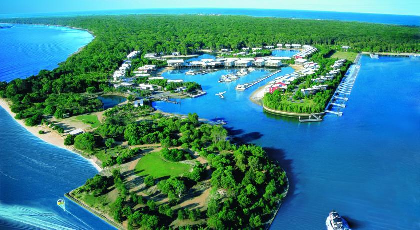 Islander Backpackers Resort Surfers Paradise Review