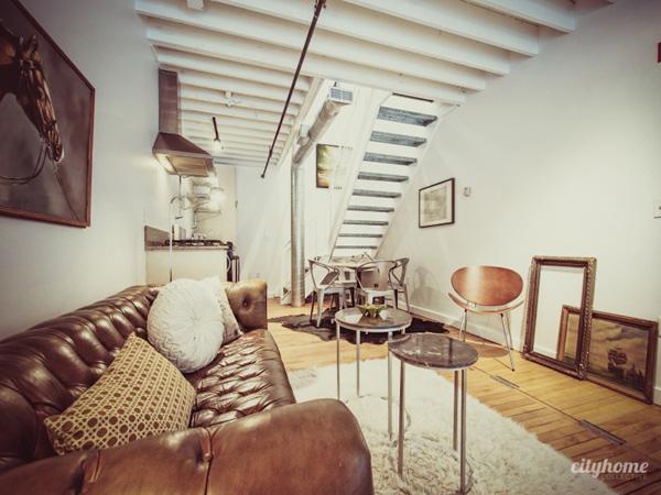 Interior loft peque o lleno de encanto industrial for Ideas decoracion loft