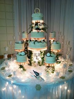 Luxurious Lighted Wedding Cake Stands