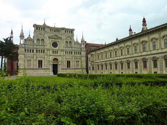 Iglesia y edificios de la Cartuja de Pavia