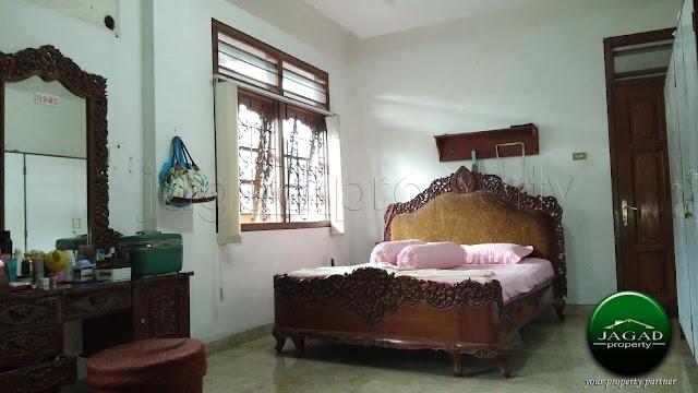 Rumah Megah di Demangan dekat UGM