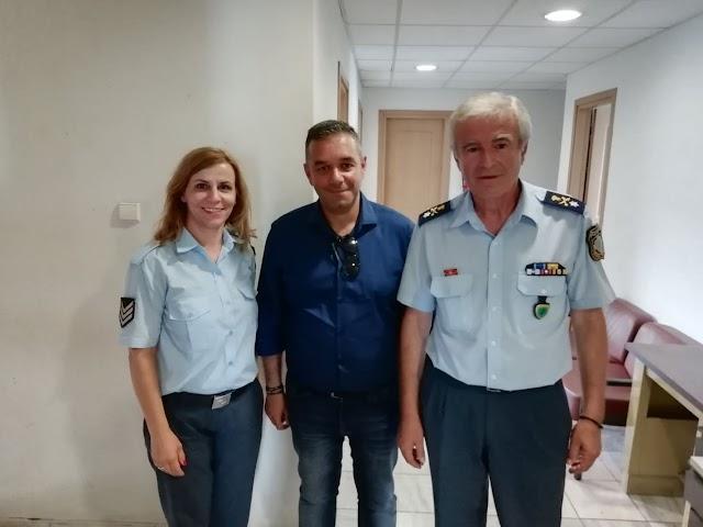 Επίσκεψη του υποψήφιου βουλευτή Φθιώτιδας με τη Νεα Δημοκρατία Θέμη Χειμάρα στην Αστυνομία και την πυροσβεστική.