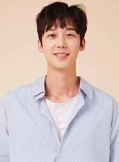 pemain find me in your memory - Yoon Jong-Hoon pemeran Yoo Tae-Eun