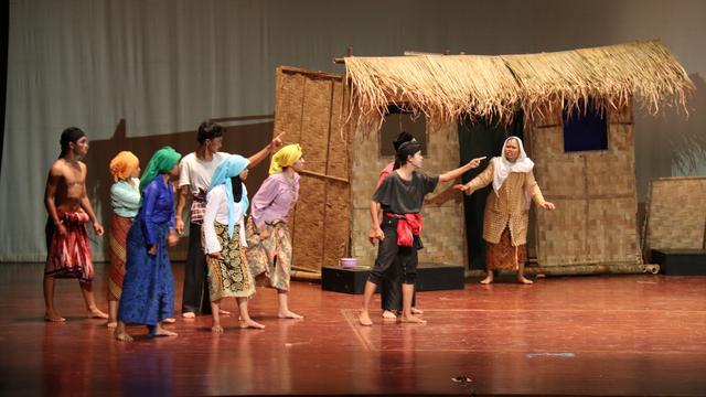 perbedaan teater dan drama apa perbedaan drama dan teater perbedaan drama dengan teater perbedaan teater dengan Drama perbedaan drama dan teater