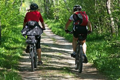 tips aman bersepeda gunung
