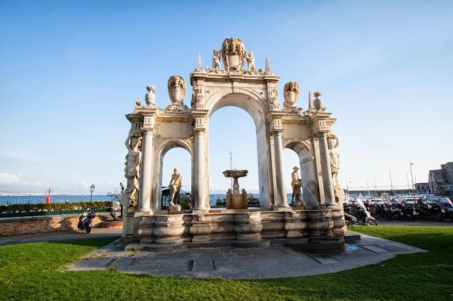 Lungomare-Via Partenope-Napoli