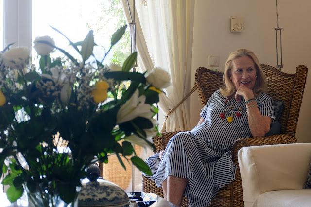 Ο Θεατρικός Όμιλος Ερμιονίδας τίμησε τη μεγάλη του ευεργέτιδα Μαράικε Ηλιού ντε Κόνινγκ