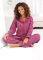 Pijama frumoasă şi extrem de moale