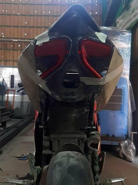 GSX R150 Modif Moge: Inspirasi Garapan GSX R150 Modif Ducati Panigale