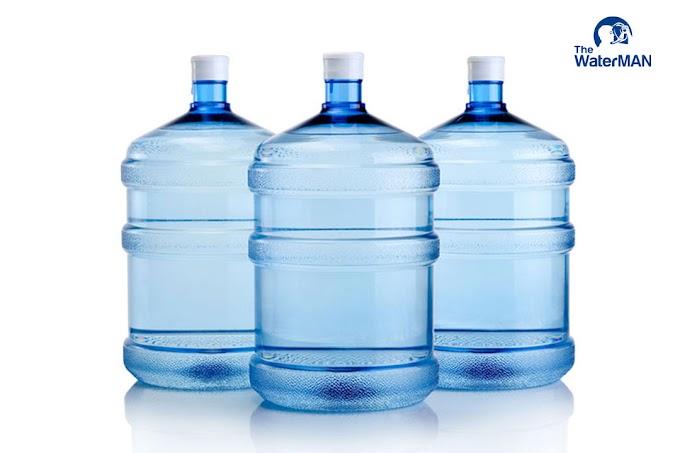 Nước đóng chai giá rẻ và những hiểm họa khôn lường