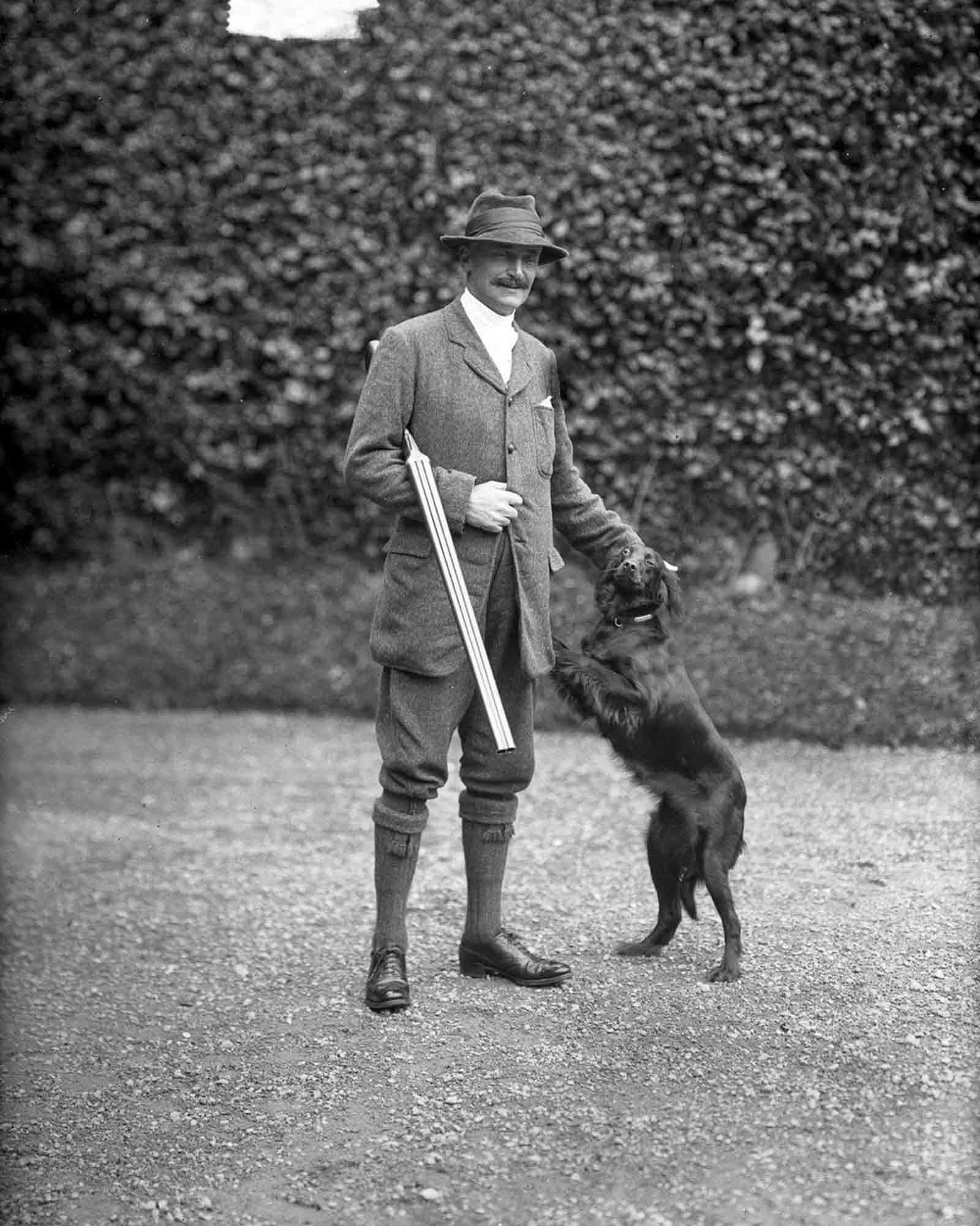 Sir Hercules Robert Langrishe, 5th Baronet Langrishe and his dog. 1913.
