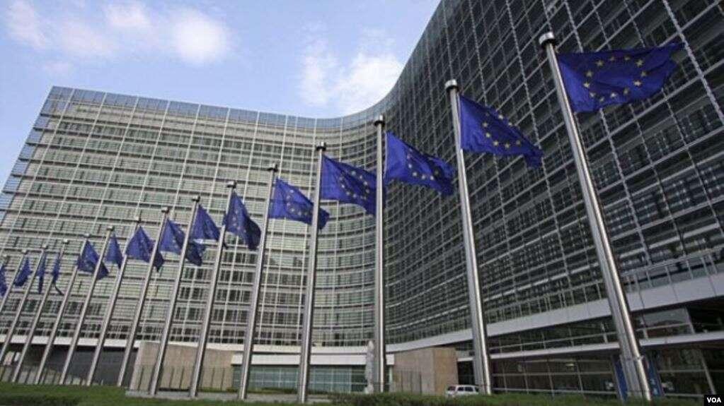 Los países de la Unión Europea y el Parlamento Europeo todavía deben darle luz verde al acuerdo / VOA