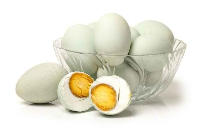Tips Membuat Sendiri Telur Asin Yang Gurih