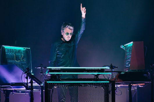 Jean- Michel Jarre - The Connection Concert