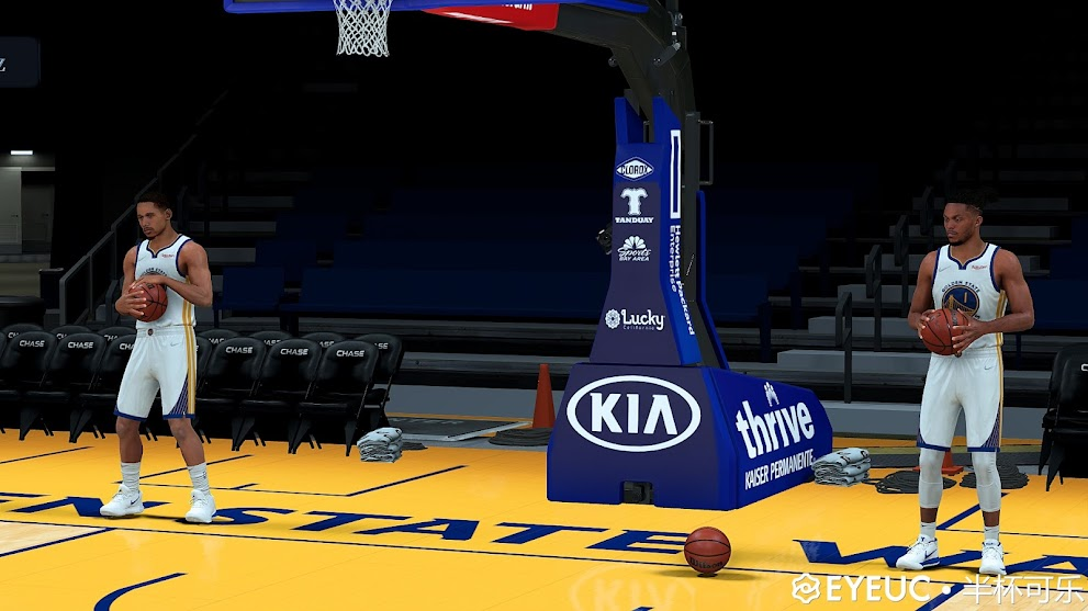 NBA 2K22 Golden State Warriors Arena by half a Coke