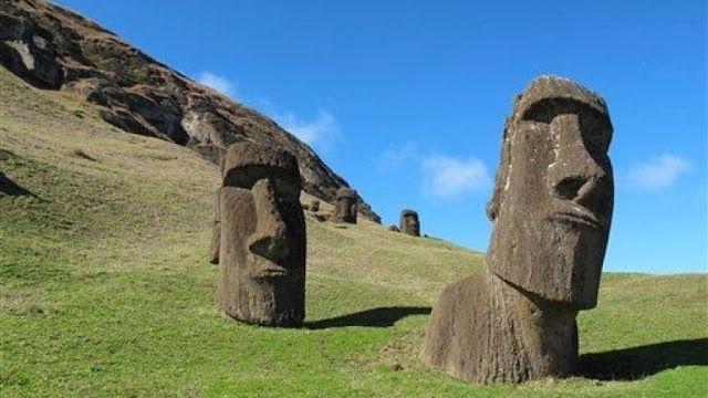 easter island heads moai
