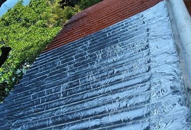 Aplicação de Primer e Manta Adesiva em Telhado