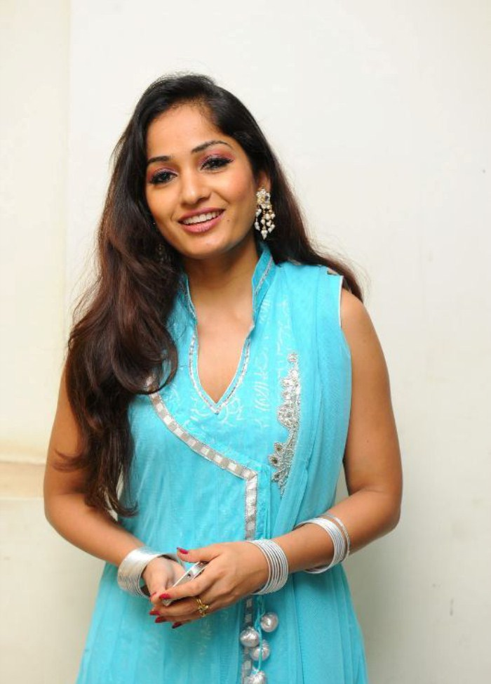 Actress MadhaviLatha Latest Images