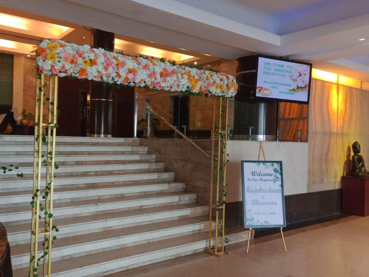 wedding entrance decoration kerala 8943906399