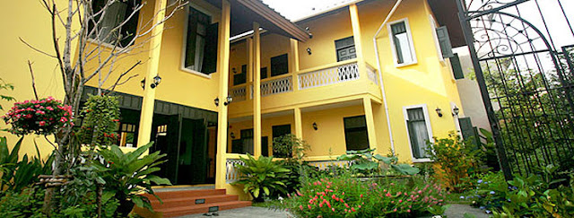 Baan Pra Nond B&B is a nine room bed & breakfast conveniently located in the heart of the city, amidst the simple charms of Bangkok living.