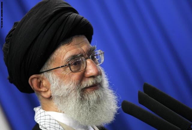مرشد الثورة الإيرانية آية الله علي خامنئي