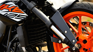 KTM 125 Duke front look images