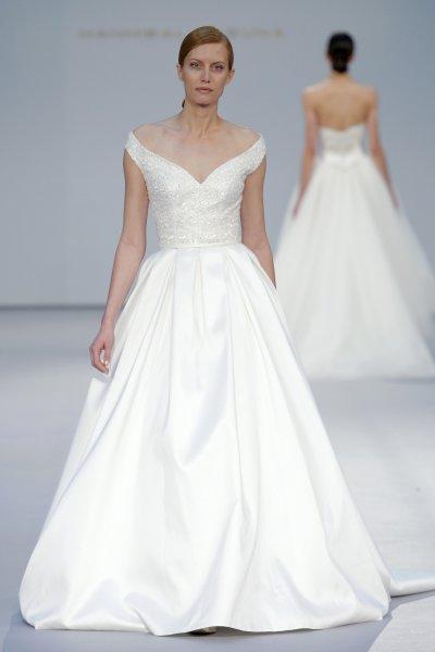 Vestido de novia Hannibal Laguna 2017