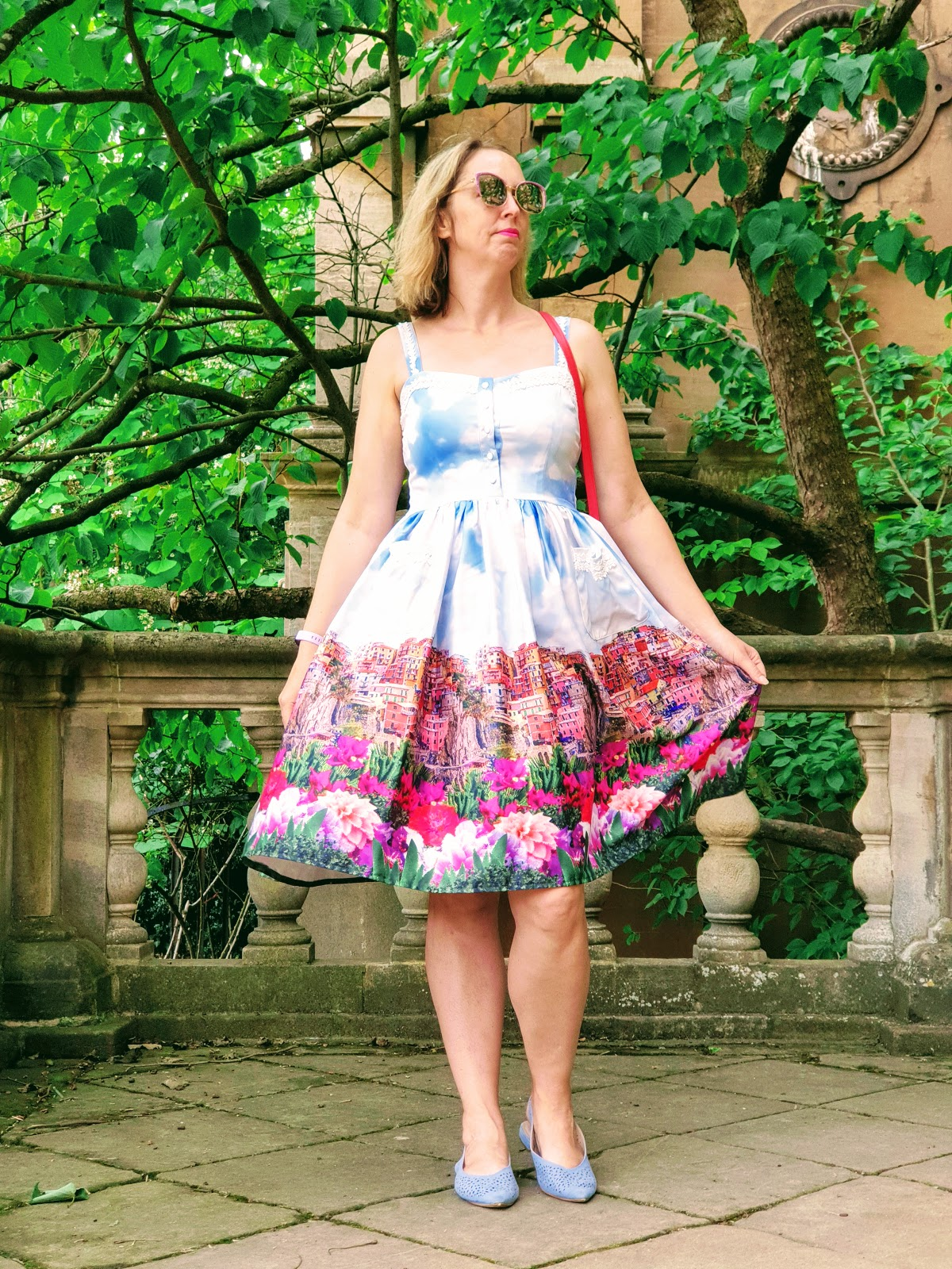 Vintage Afternoon Tea Dress: Over 40 Style.