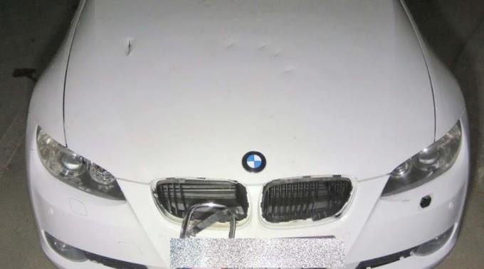 Féltékeny volt, ezért baltával verte szét a BMW-t a volt barátnő