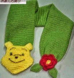 http://patronesgratisdetejido.blogspot.com.ar/2014/12/bufanda-de-winnie-pooh.html