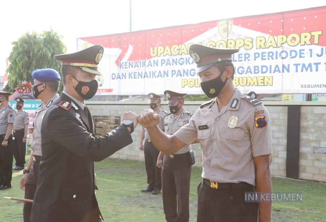 40 Polisi di Kebumen Naik Pangkat Tepat di Hari Bhayangkara ke-75