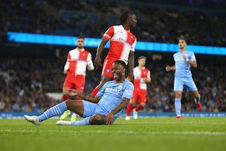 فاز مانشستر سيتي على ويكومبي 6-1 في  كأس رابطة الأندية الإنجليزية ليتقدم إلى المراكز الـ16
