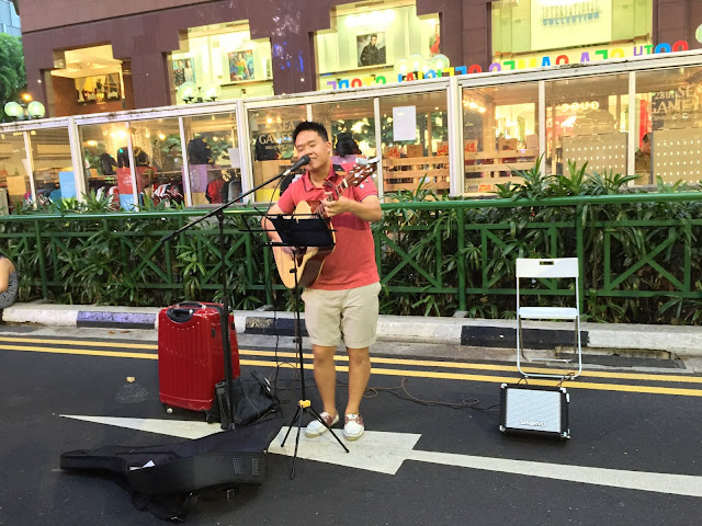 Pedestrian Night on Orchard Road - Street Busking
