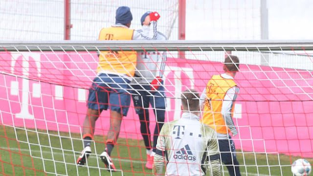 Sốc trên sân tập Bayern Munich: 2 SAO choảng nhau như võ sĩ