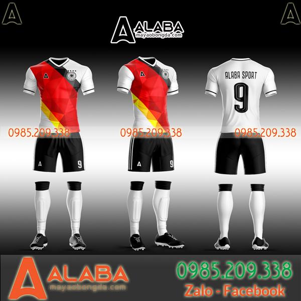 Áo bóng đá Đức tự thiết kế