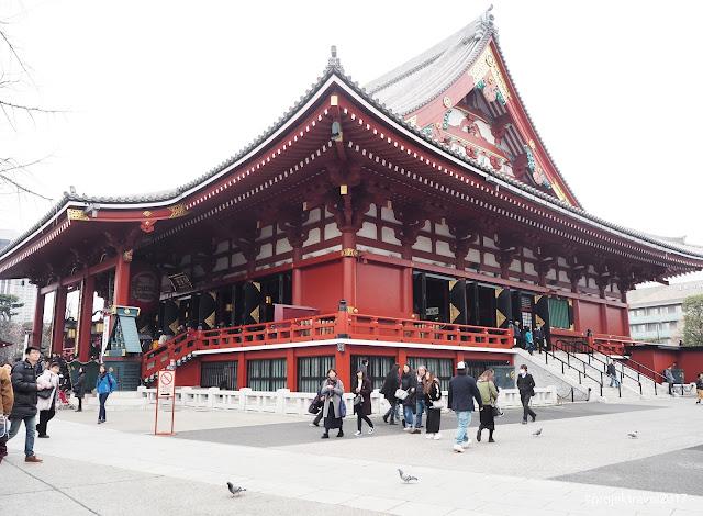 Senso-ji Temple (浅草寺)