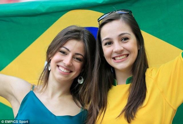 Fans Cantik Kesebelasan Brasil - Hot Fans of Brazil   KASKUS
