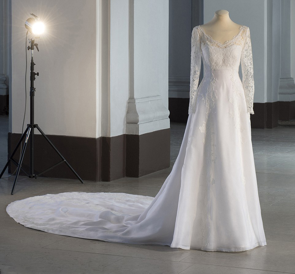 Wedding Gown Display: Royal Family Around The World: Swedish Royal Wedding
