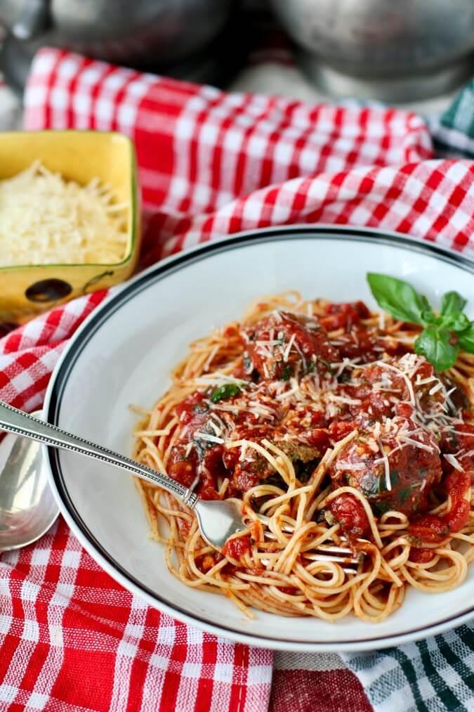 Slow Cooker Meatballs Florentine