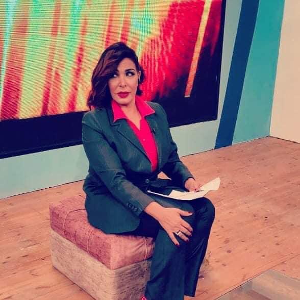 مديحه حمدى تكشف حكايتها في الوسط الفني ومسيراتها في عالم الخير في برنامج اسرار والنجوم علي قناه shc