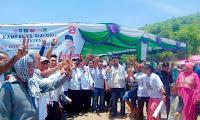<b>Cawagub NTB MORI HANAFI Disambut Meriah di Lapangan Sangiang  Ambalawi</b>