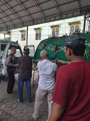 Pererat Tali Silaturahmi, Polsek Serbalawan Melayat Kerumah Bapak H. Purwanto