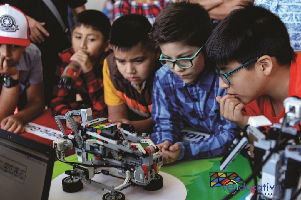 robotica-educativa-beneficios-stem-steam-lego-mindstorms-ev3-education-ninos-robotics-robot