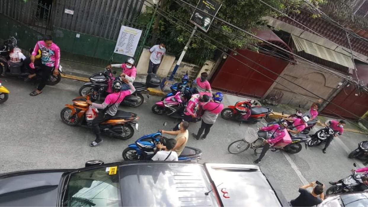 16 FoodPanda riders pranked in Paco