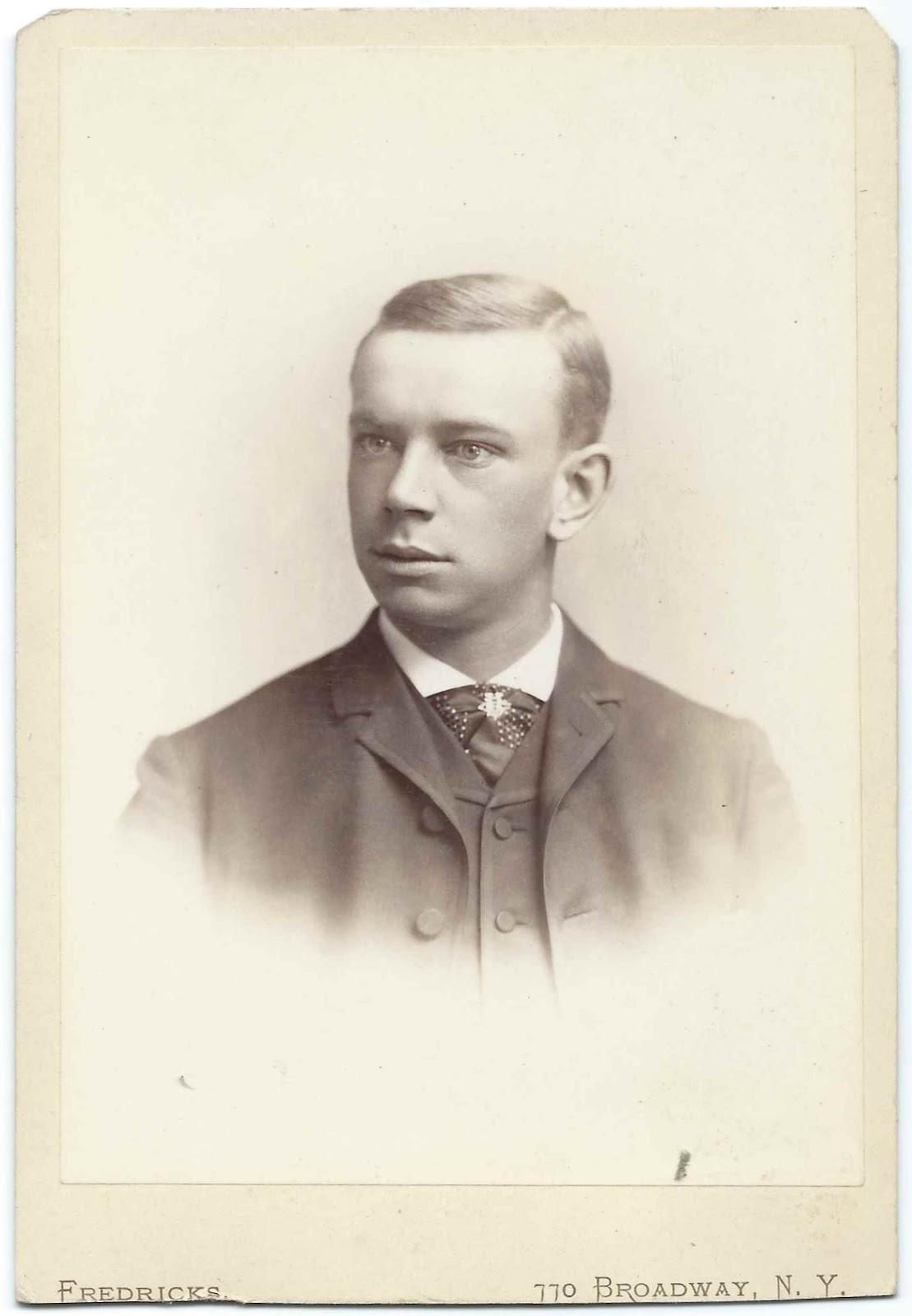 Knickerbocker Portraits