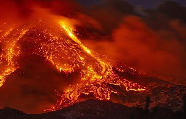 Αίτνα....!!Οι εκπομπές διοξειδίου του Θείου έφτασαν στην Ελλάδα....!!Η χθεσινή ενεργοποίηση του ηφαίστειου είχε ως αποτέλεσμα οι εκπομπές διοξειδίου του Θείου να φτάσουν στην Πελοπόννησο....!!ΦΩΤΟ ΚΑΙ ΒΙΝΤΕΟ...!!
