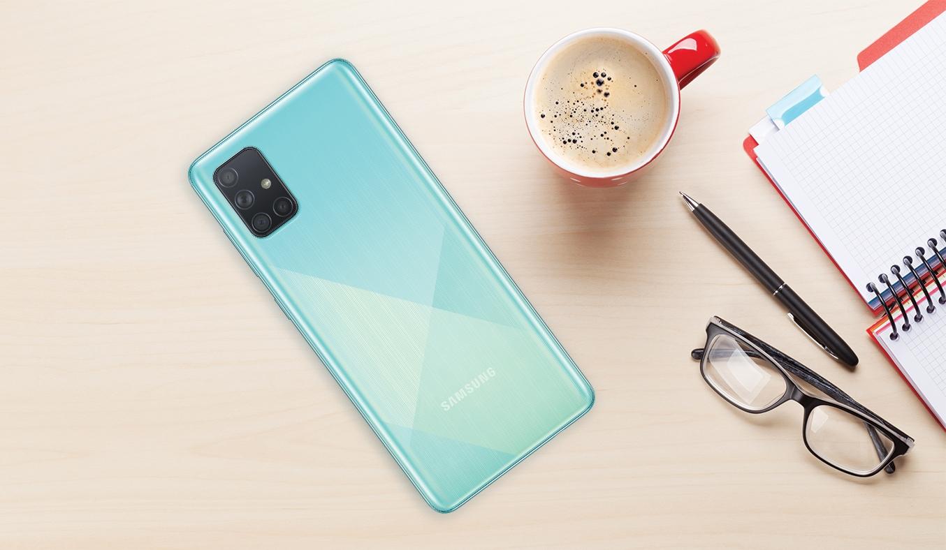 Điện thoại Samsung Galaxy A71 Xanh