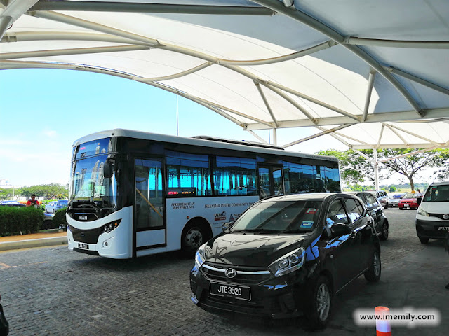 free shuttle at Puteri Harbour Jetty Terminal