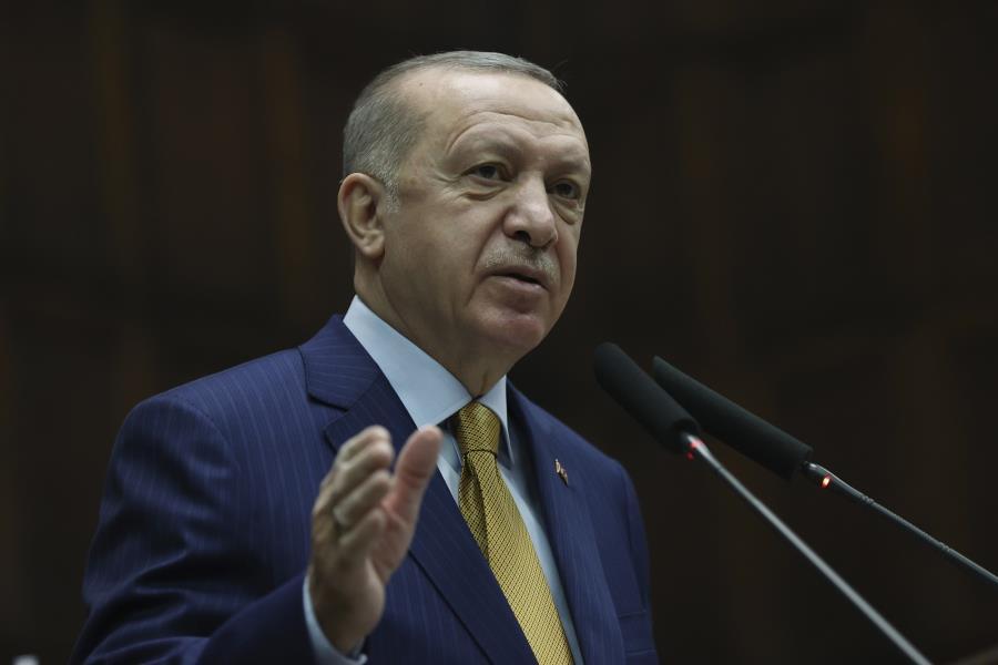 Φταρνίζεται υφυπουργός στην Άγκυρα, πουντιάζουμε στην Αθήνα…